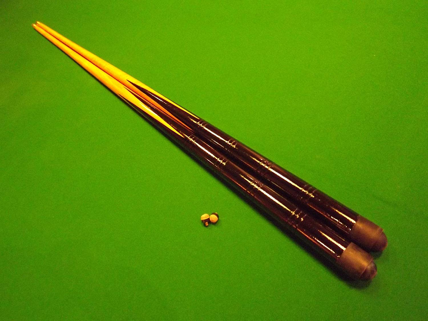 2 x 36 inch pool / snooker cues + 8 tips; ideal 1st cue for child ...