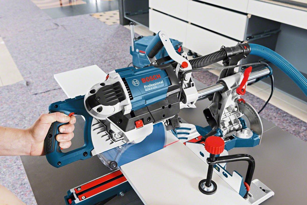 Bosch Professional Paneels/äge GCM 8 SDE Kreiss/ägeblatt, Klemme, Karton, Schnittkapazit/ät 0/°: 70 x 312 mm, S/ägeblattdurchmesser: 216 mm, 1600 Watt