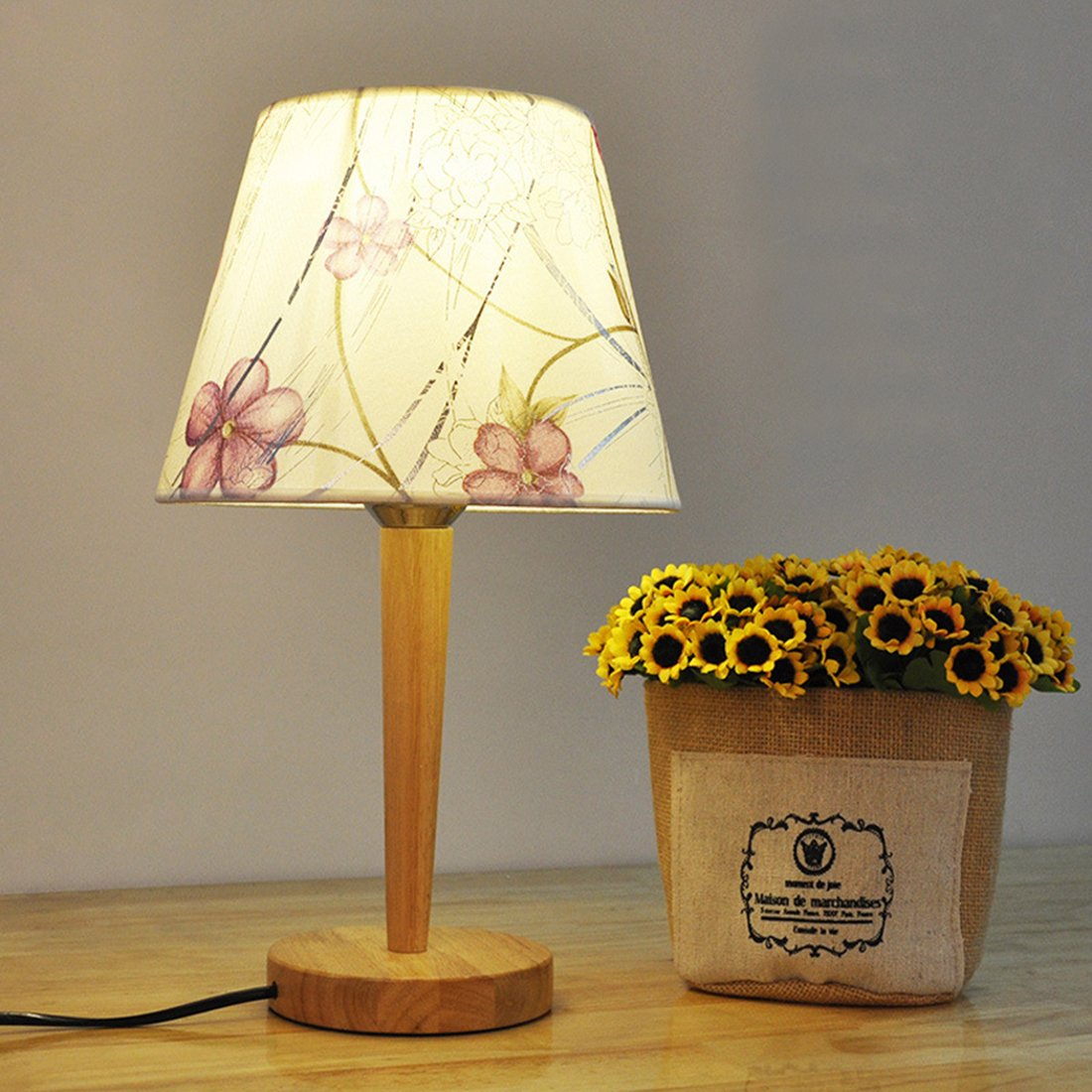 Amazon.com: PINCHU Modern Simple Wooden Table Lamp Bedroom ...