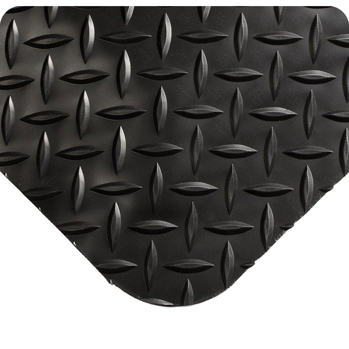 Black 21 Length x 3 Width x 9//16 Thick Wearwell 495.916x3x21BK Diamond-Plate Select Mat