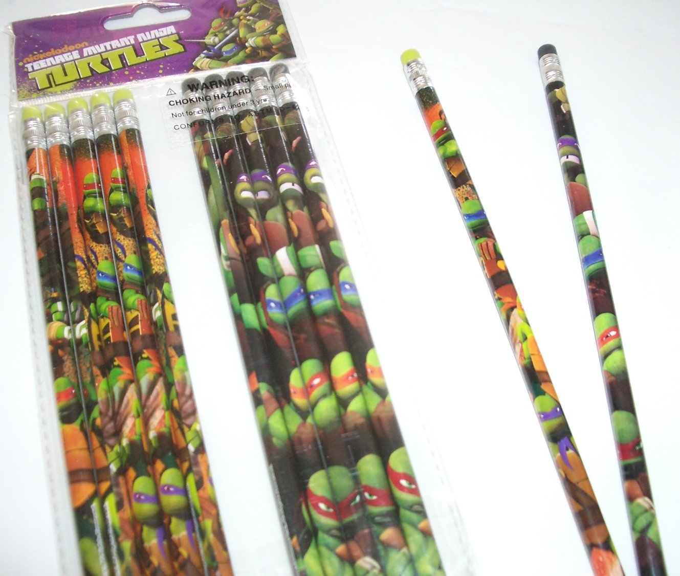 12 pcs Wooden Pencil Disney PIXAR Cartoon Character Authentic Licensed School Party Bag Fillers (Ninja Turtles)