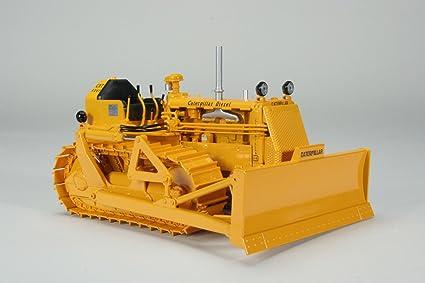 Caterpillar CAT D4 7U Crawler with 4S Blade and #44 Hydraulic Unit die cast  model 1/16 by Speccast CUST1354