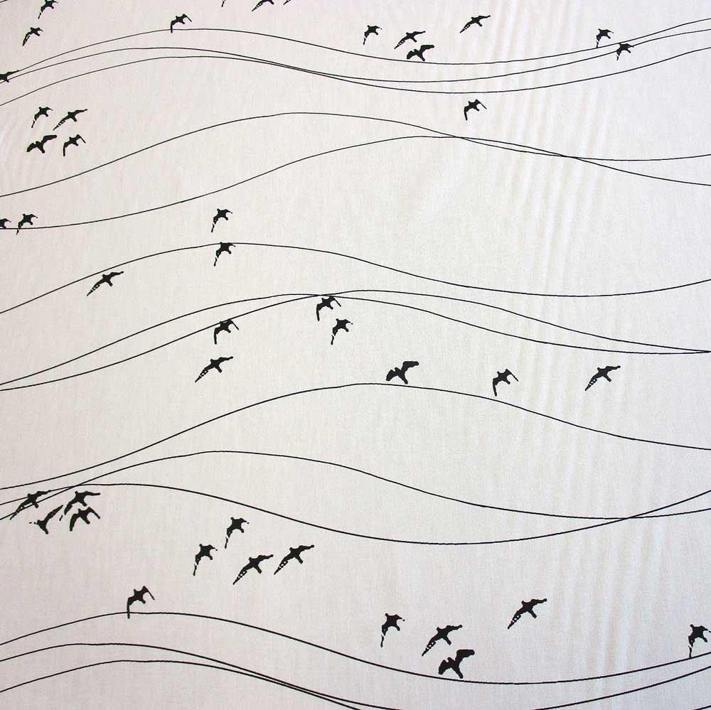 Schwedische stoffe  Stoff Baumwolle Meterware Zugvögel schwarz weiß Schweden ...