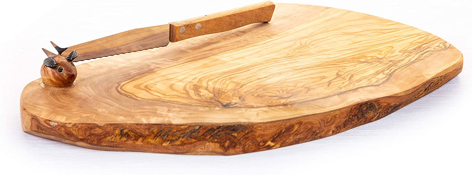 Amazon Com Arte Legno Spello Hand Made Olive Wood Cutting Board With Knife Rustic Olive Wood Cheese Platter Available Small And Large Hand Crafted In Italy Kitchen Dining
