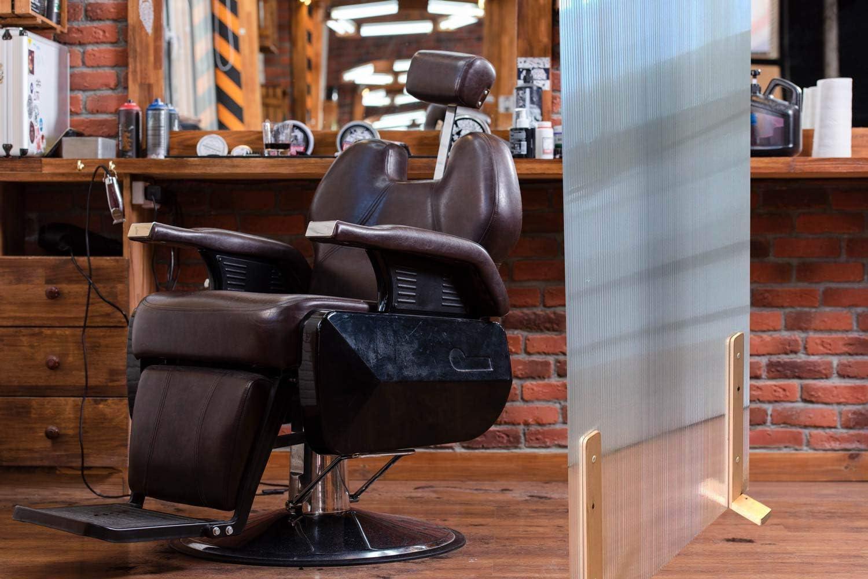 Mampara protección separadora gran estabilidad (PEANAS COLOR NOGAL, 100 X 150 CM). Separación para peluquerías hoteles fábricas oficinas puestos de trabajo bares comercios: Amazon.es: Oficina y papelería