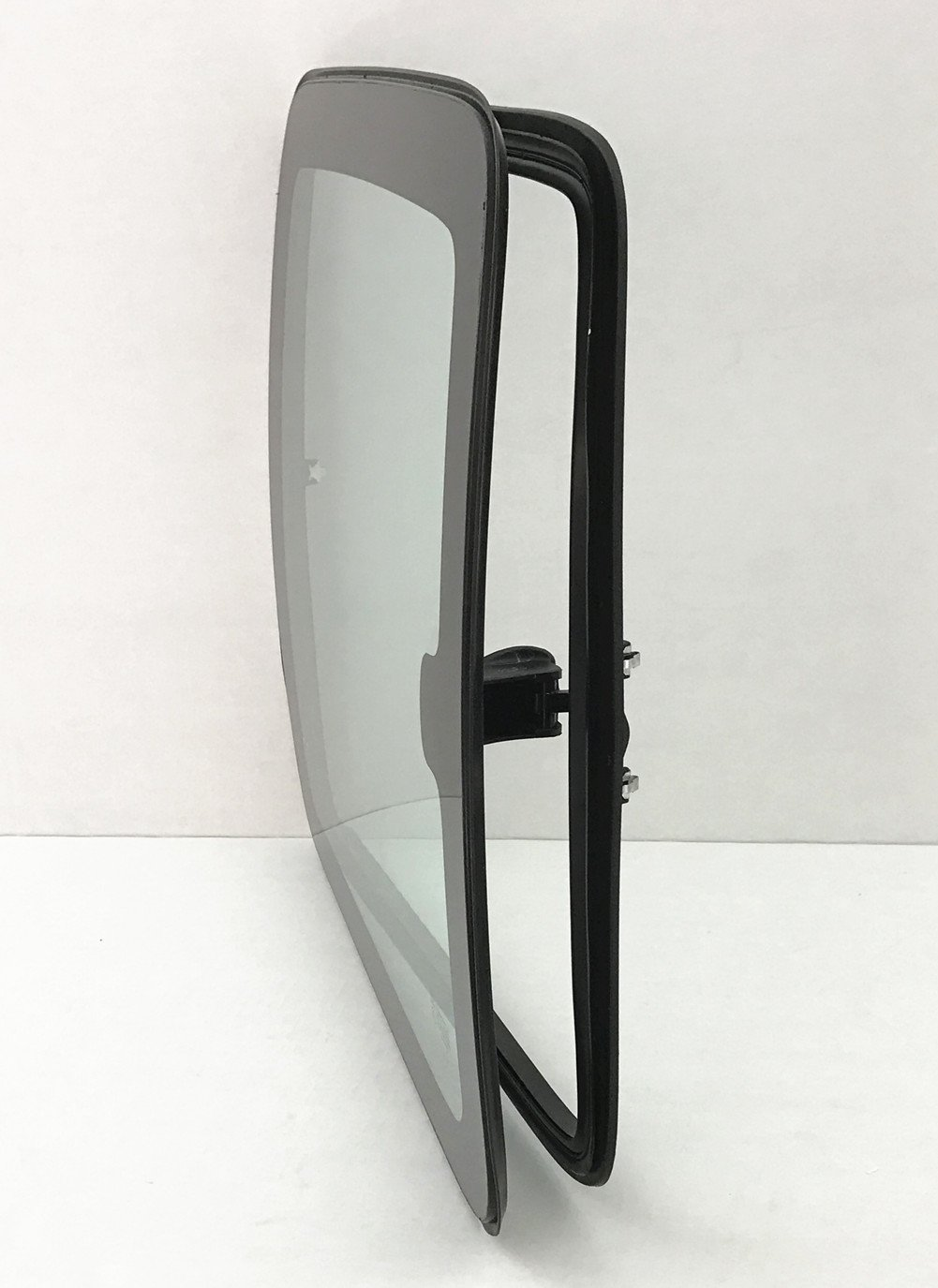 C1500 C2500 C3500 K1500 K2500 K3500 2 Door Extended Pickup Driver Side Left Rear Quarter Glass Window Movable w//Frame /& Latch Clear Fits 1999-2006 Chevrolet Silverado
