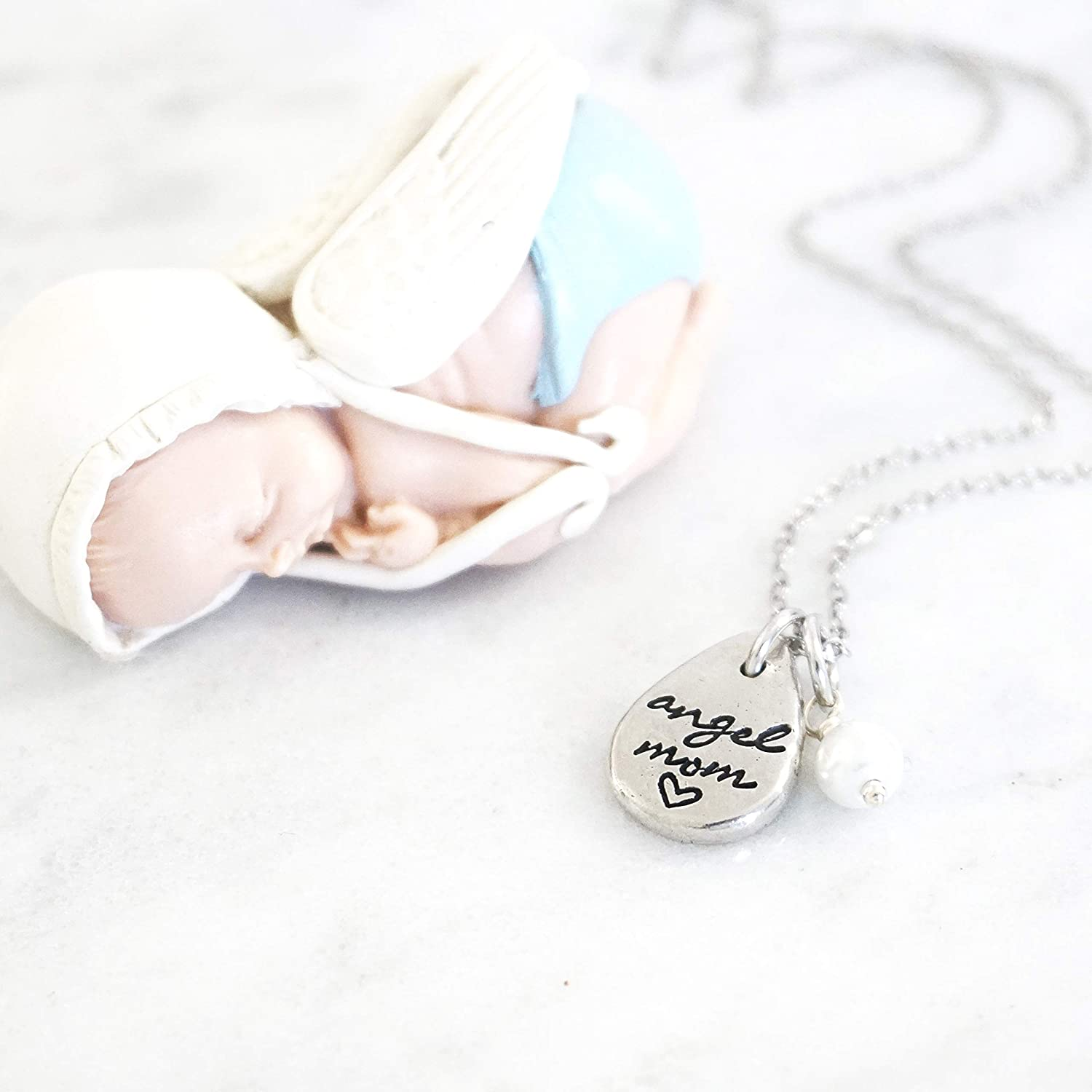 Mom Gift Idea Mother Sympathy Gift Mother Loss Comfort Angel Mother Necklace In Remembrance of Mom Angel Mum Sympathy Loss of Mother