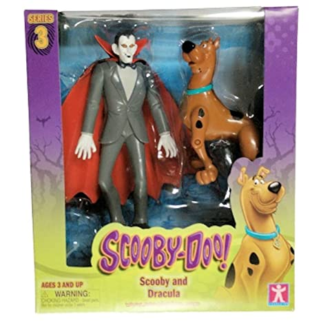 Amazon.com  Scooby Doo! Series 3 Scooby and Dracula Action Figures ... 4e82715488