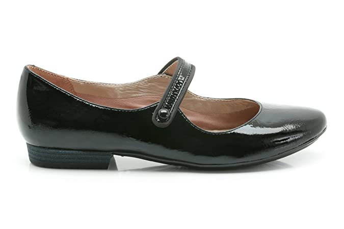 Clarks Womens Casual Henderson Fizz Coated Leather Shoes in