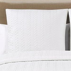 Echelon Home Laguna Quilted Cotton Shams, Euro, White