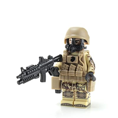 Battle Brick Marine Corps Desert MARPAT Chemical Warfare (SKU71) Custom Minifigure: Toys & Games