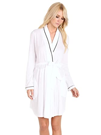 00d7017814 Only Hearts Organic Cotton Short Robe White Black at Amazon Women s ...