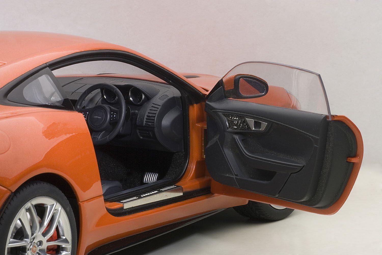 AUTOart - 73652 - Jaguar F - Type R - 2015 - Échelle 1/18 - Noir Mat Orange Métal