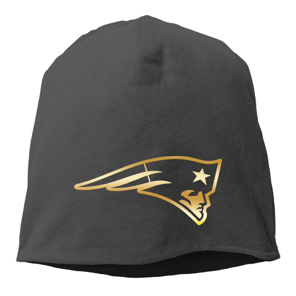 New England Patriots Gold Logo Classic Beanie Hat Black  Amazon.ca   Clothing   Accessories 19b40acd0c0