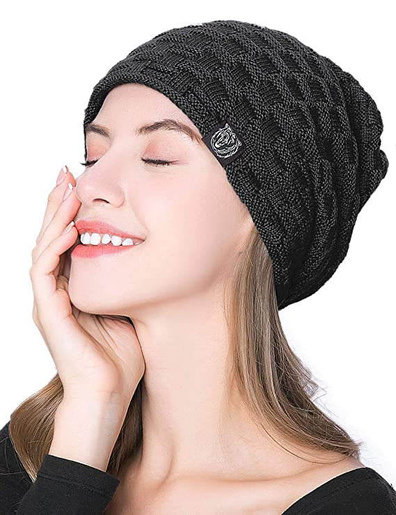 2977c59b74d ISASSY Unisex Slouch Beanie Warm Knitted Winter Hat for Men and Women  Black  Amazon.co.uk  Clothing