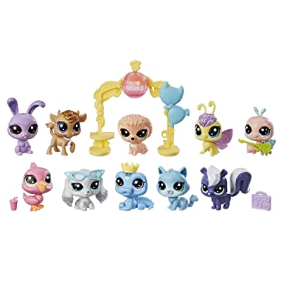 Littlest Pet Shop Sparkle Spectacular Collection Pack Toy, Includes 10 Glitter Pets, Ages 4 and Up ( Exclusive): Toys & Games