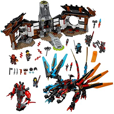 LEGO NINJAGO Dragon's Forge 70627: Toys & Games