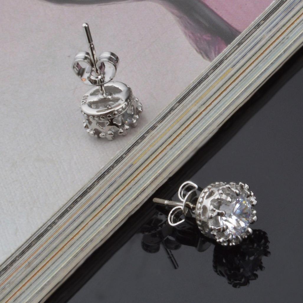 Clear Crystal /& Silver Molyveva Stylish Stud Earrings Gold Silver Tone Clear Purple Crystal CZ Premium Cubic Zirconia Earrings