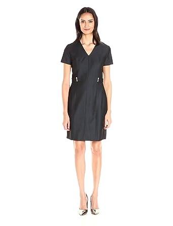 Sandra Darren Women's 1 Pc Short Sleeve V-Neck Denim