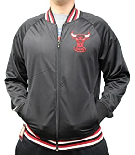 f36d2789326 Mitchell   Ness Chicago Bulls NBA Men s Top Prospect Full Zip Track Jacket