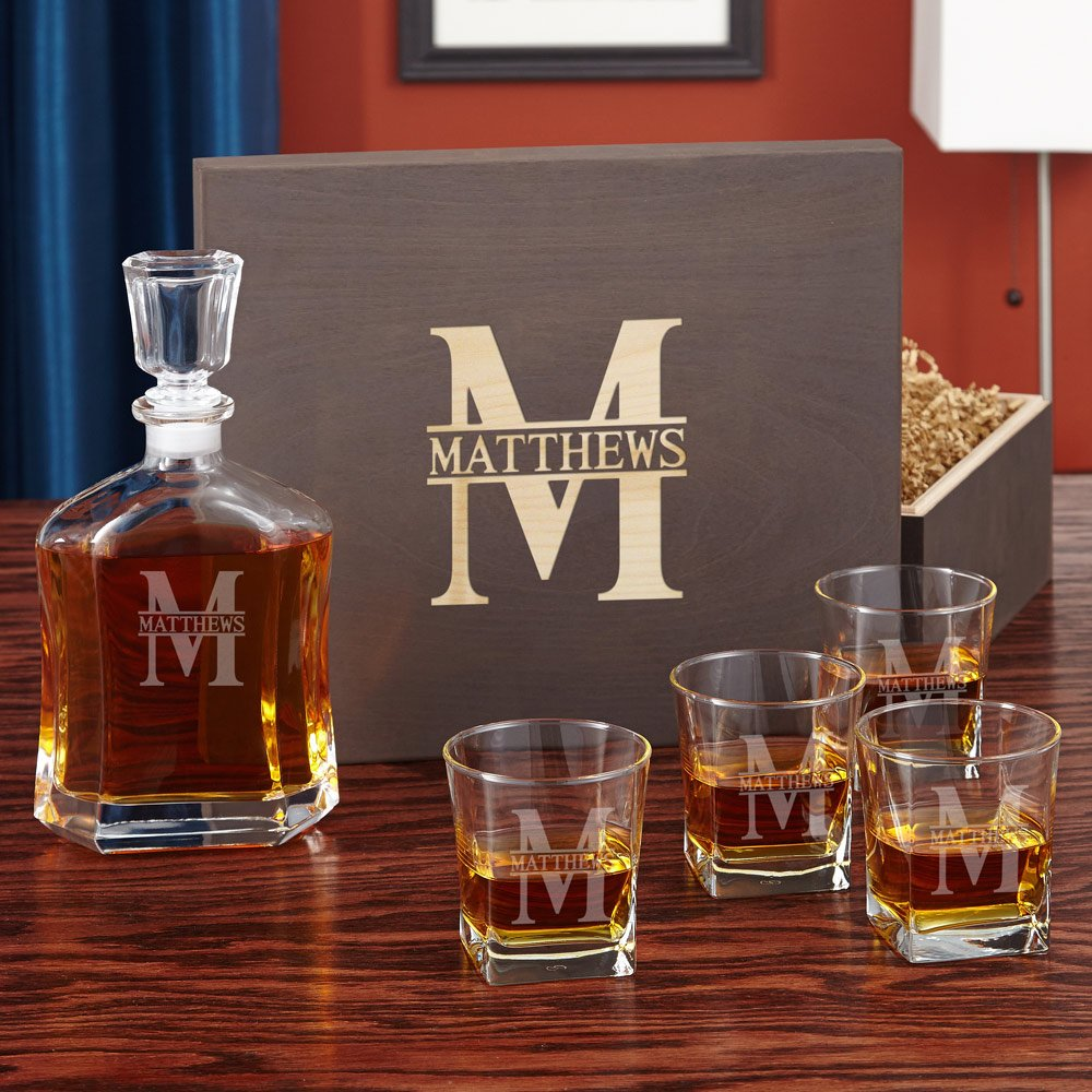 Oakmont Custom Decanter and Whiskey Glass Set (Personalized Product)