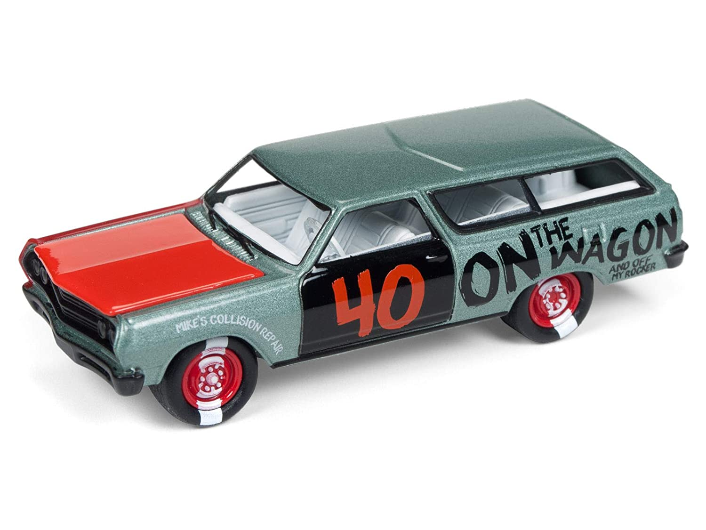 Amazon.com: Johnny Lightning 1965 Chevrolet Chevelle Wagon ...