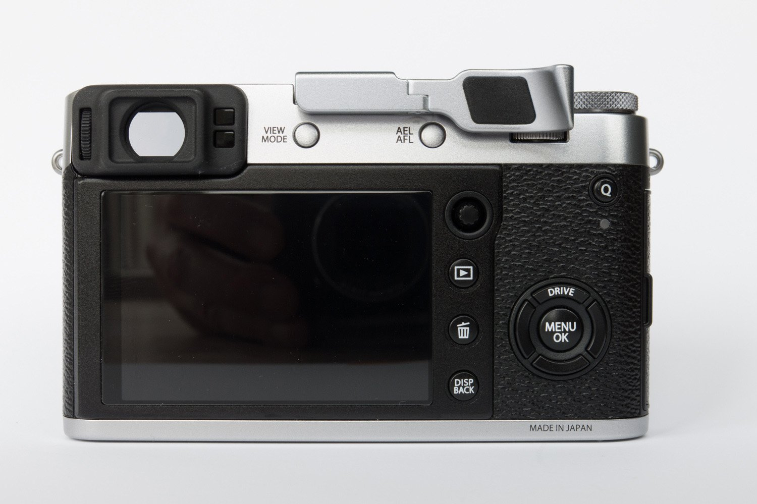 Fujifilm X100F Thumb Grip by Lensmate - Silver by LESNMATE (Image #4)