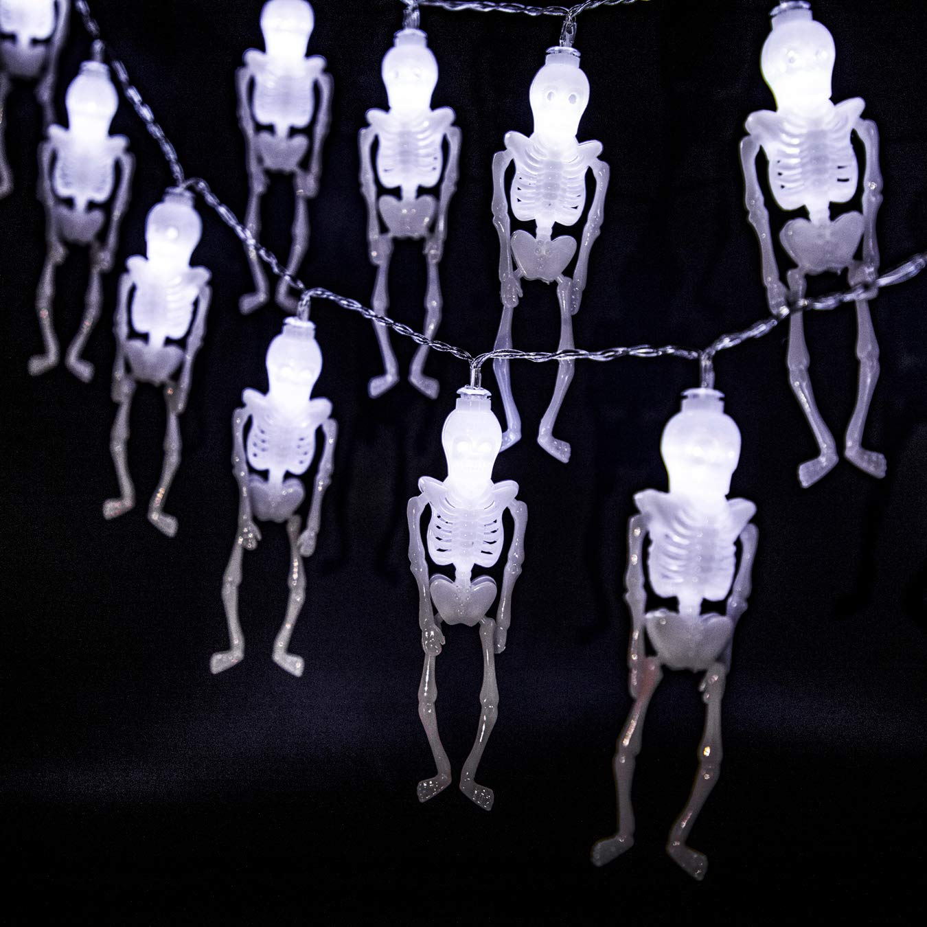 UJoowalk Halloween String Lights, 14.5 ft 30 LED White Skeleton Decoration with Battery Operated Lighting Strings for Indoor Outdoor Patio Garden Party Decor by UJoowalk (Image #2)