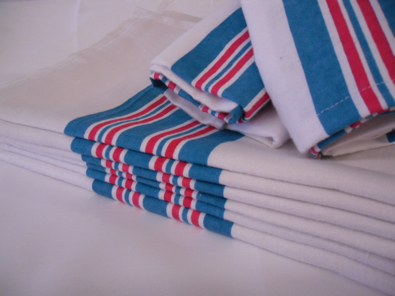 GHP 120 Pcs. Large 30''x40'' Striped Baby Infant Receiving Swaddling Hospital Blankets