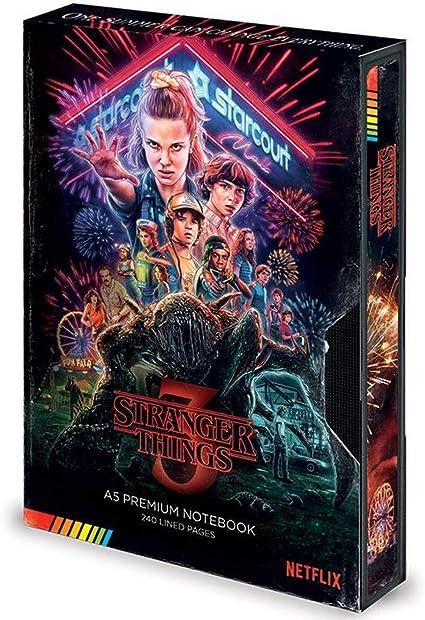 Stranger Things (S3 VHS) A5 Premium Cuaderno SR73053: Amazon.es: Oficina y papelería