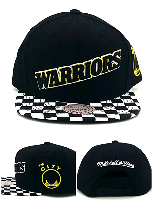 9f087ee496 Amazon.com   Mitchell   Ness Golden State Warriors New Checker Black Era  Snapback Hat Cap   Sports   Outdoors