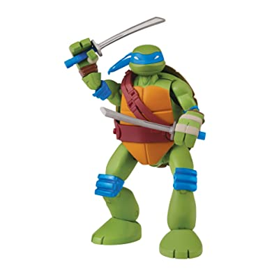 Teenage Mutant Ninja Turtles Mutations Pet To Ninja Leonardo Action Figure: Toys & Games