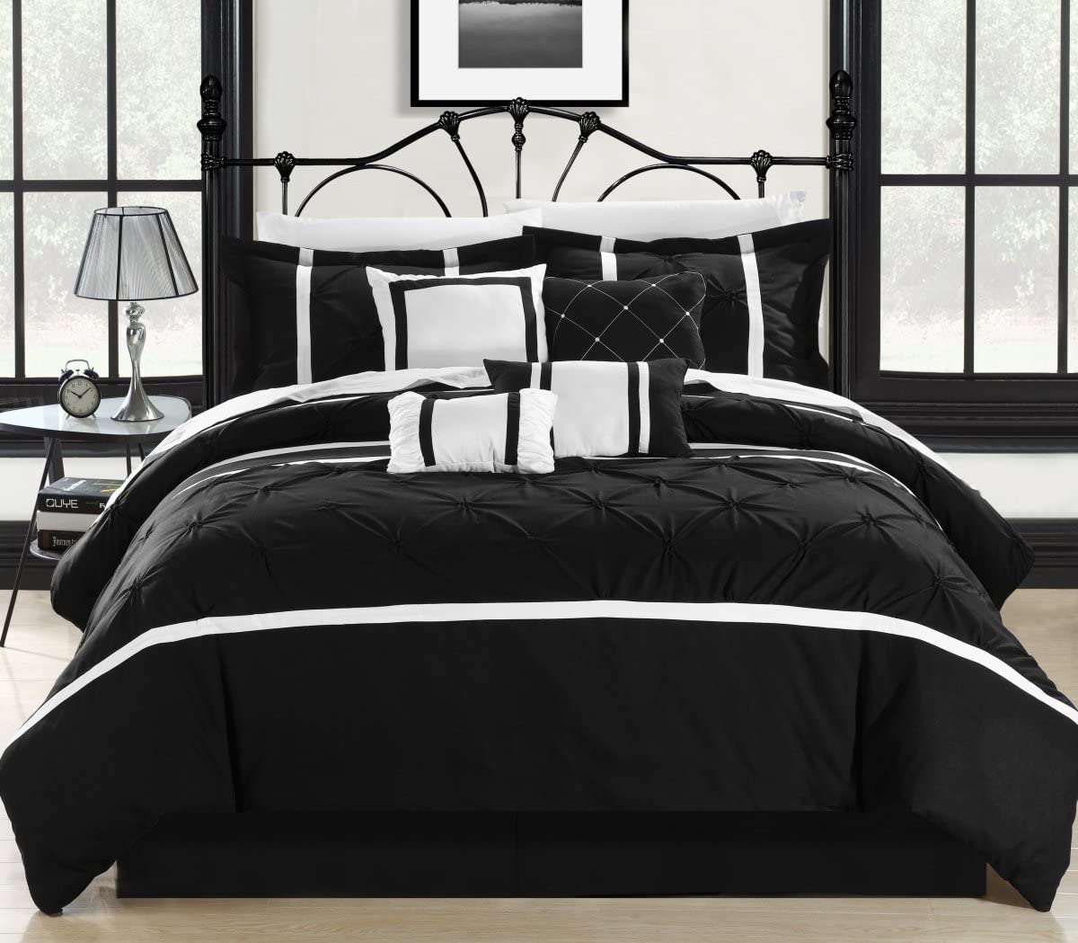Chic Home 127-160-K-12-US Vermont Black & White King 12 Piece Bed in a Bag Comforter Set with 4 Piece Sheet Set