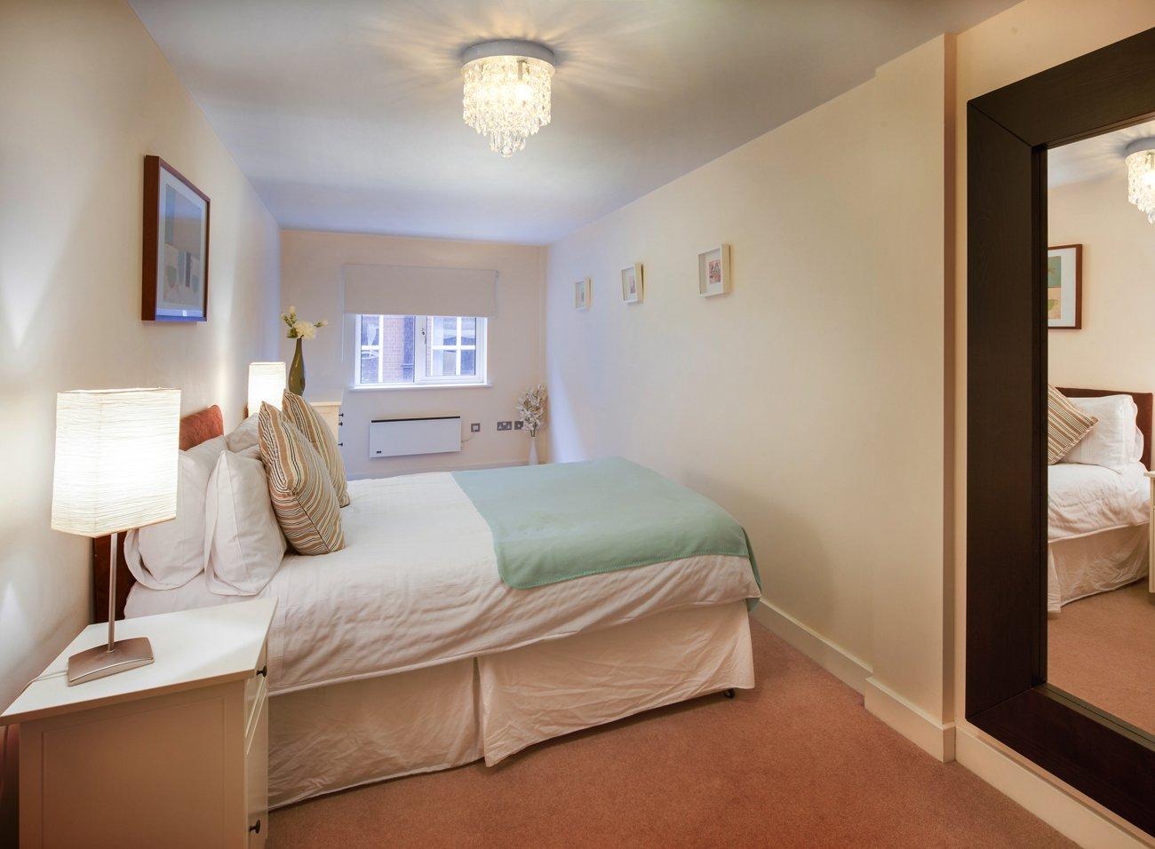 SHINE HAI Crystal Chandelier, 3-light Modern Flush Mount Ceiling Pendant Light H9.45'' X W8.66'' for Bedroom, Living Room, Dining Room, Kitchen, Hallway by SHINE HAI (Image #8)
