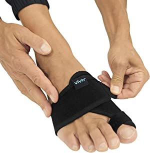 Vive Bunion Brace (Pair) - Big Toe Corrector Straightener with Splint - Hallux Valgus Pad, Joint Pain Relief, Alignment Treatment - Orthopedic Sleeve Foot Wrap Support for Men and Women (Black)