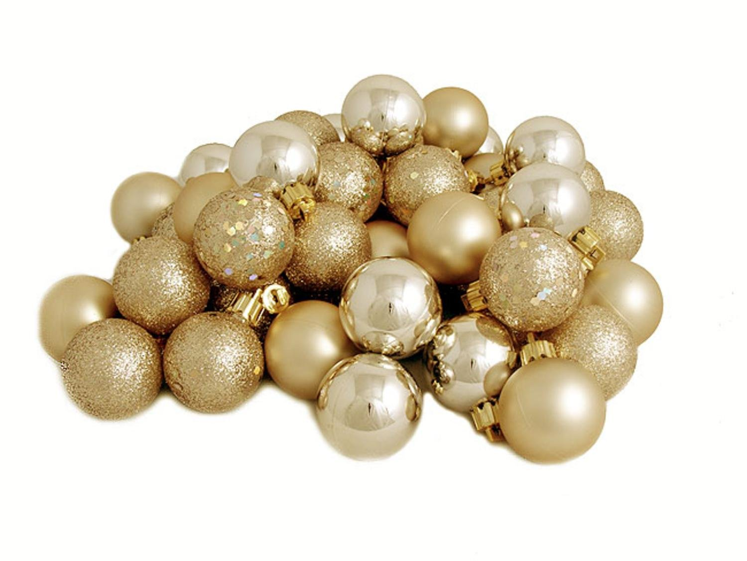 Amazon.com: 32ct Champagne Shatterproof 4-Finish Christmas Ball ...