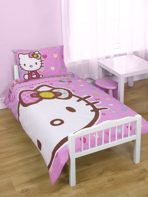 Character World 125 X 150 Cm Hello Kitty Folk Junior Panel Duvet Set
