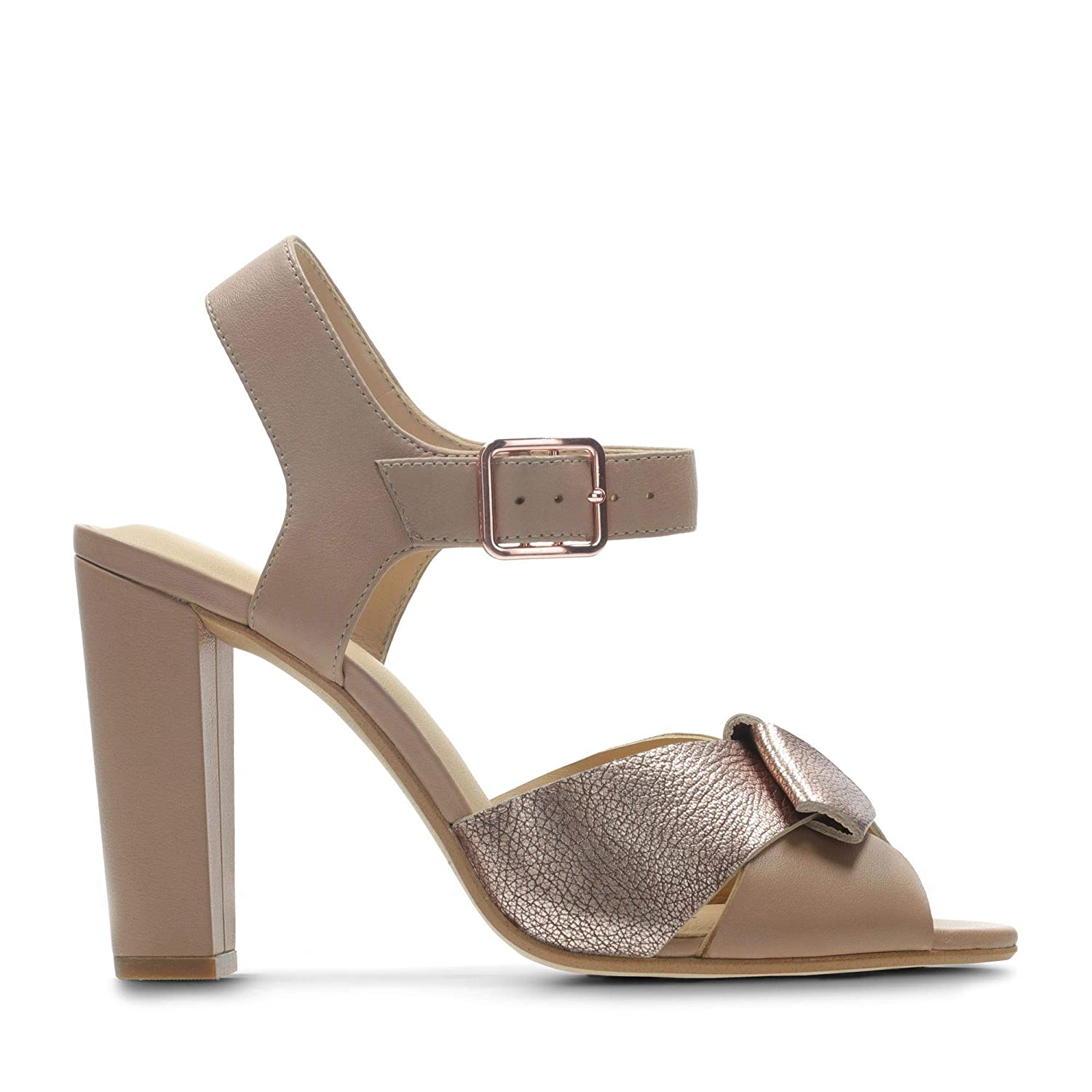 dea4f11c0f1 Clarks Curtain Charm Leather Sandals in Standard Fit Size 7½ Beige   Amazon.co.uk  Shoes   Bags