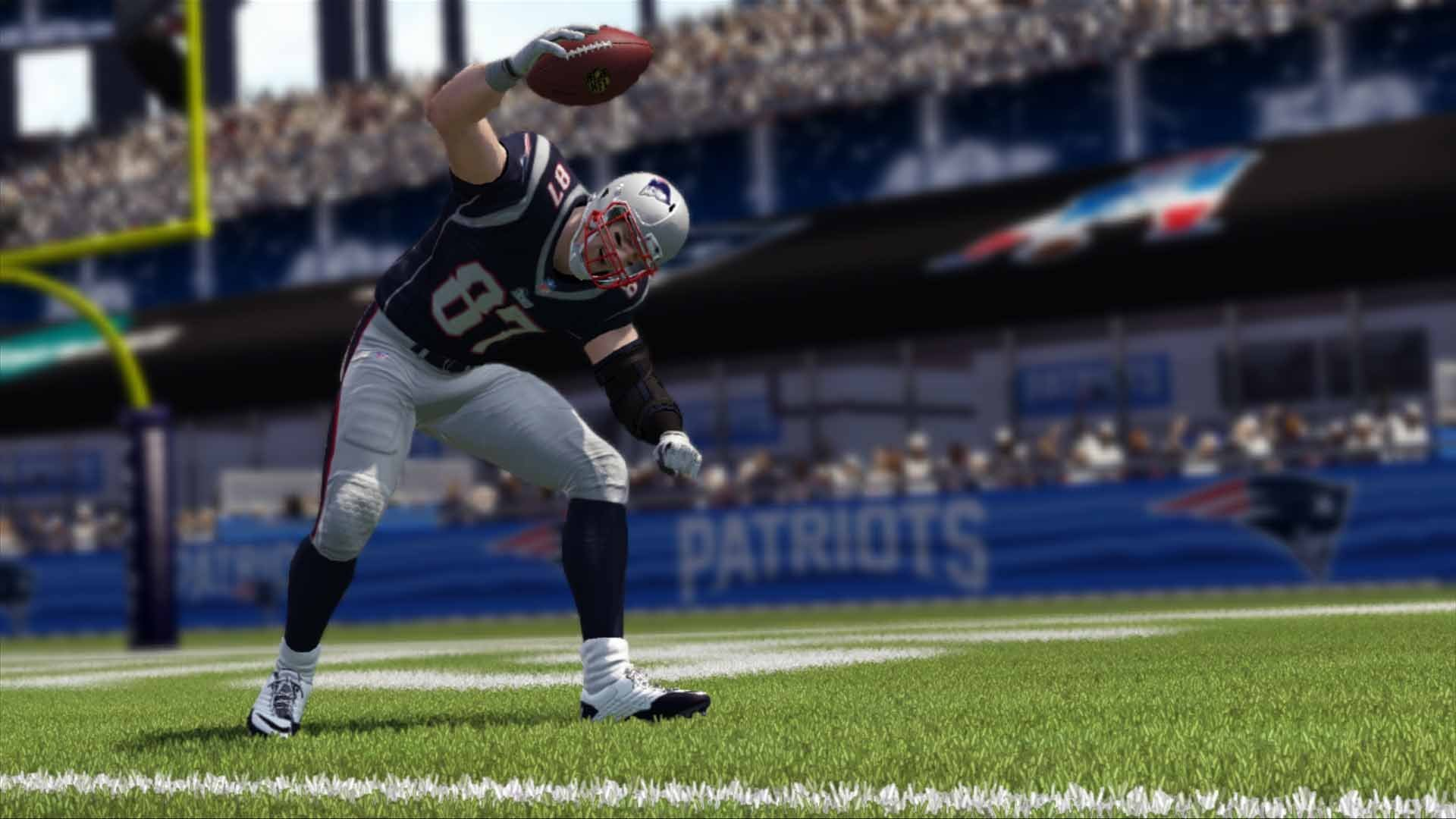 Madden NFL 17 - Standard Edition - PlayStation 4 by Electronic Arts (Image #1)