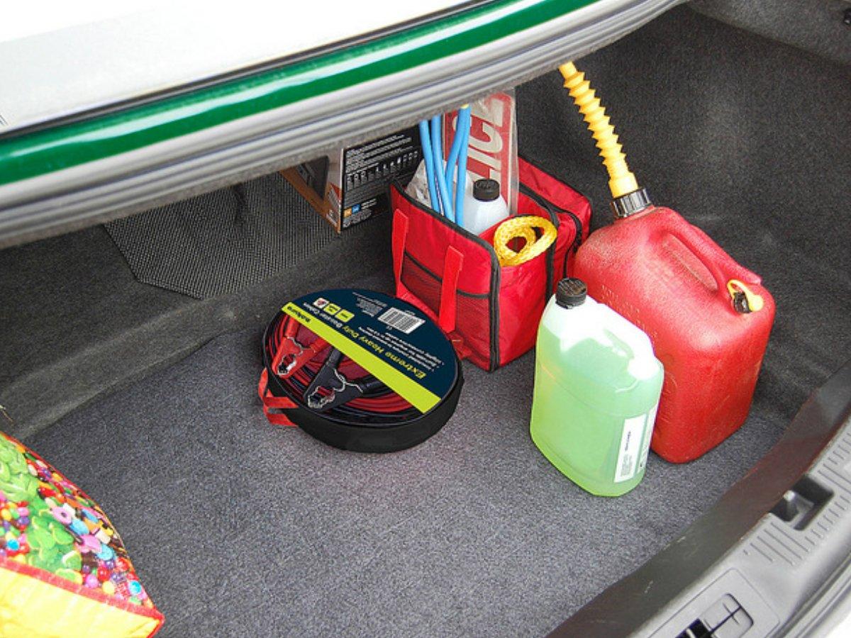 Amazon.es: Alfombrilla absorbente para aceite o líquidos para maletero de XtremeAuto®, universal, se puede cortar para que encaje