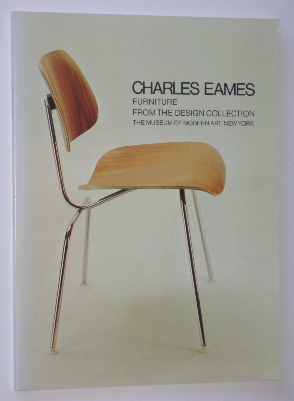 eames furniture design 60's charles eames furniture from the design collection the museum of modern art new york arthur drexler 9780870703140 amazoncom books