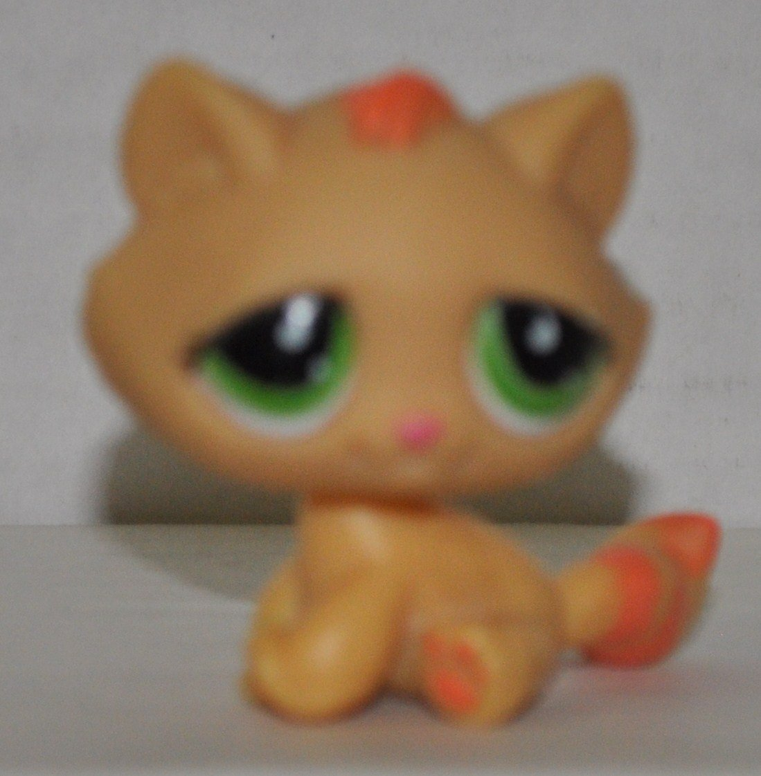 OOP Out of Package /& Print Retired LPS Collectible Replacement Figure Loose Orange, Green Eyes, Orange Stripes on Tail - Littlest Pet Shop Collector Toy Kitten #1207