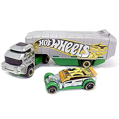 Hot Wheels Hauling Rig Car Truck Set - Bank Roller: Toys & Games