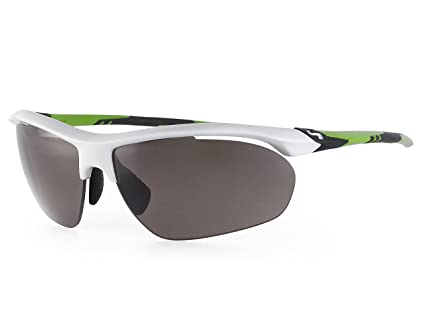 3a6b09f161 Amazon.com   Illusion Sunglasses with Silver Frame and Gradient ...