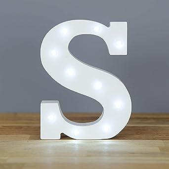 Up in Lights Muestra decorativa de madera blanca de las letras del LED - colgante de pared con pilas - Letra S: Amazon.es: Iluminación