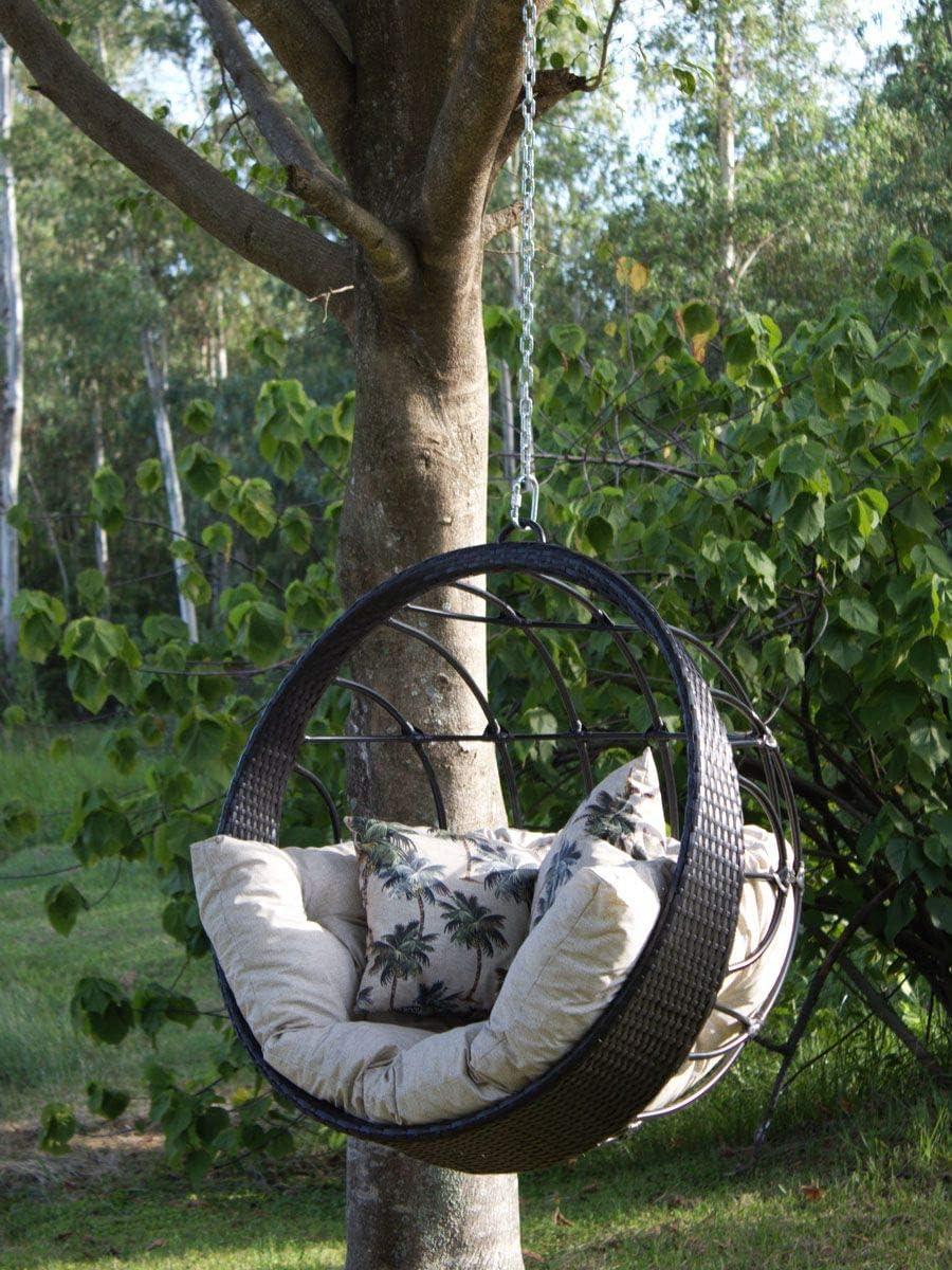 Balanço Hungria de teto para área, sala ou jardim. Suporta até 300kg e tem almofadas impermeáveis