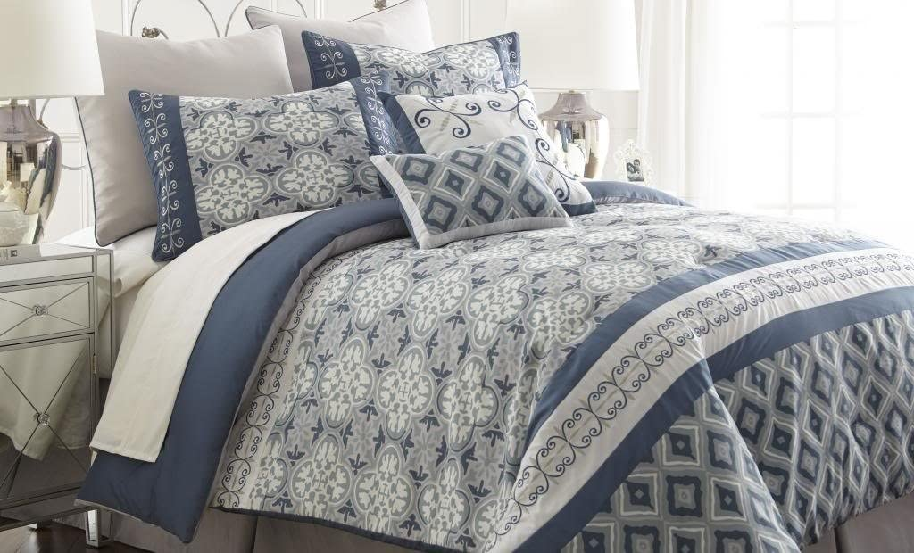 Amazon Com Amrapur Overseas Cassia Geometric 8 Piece Comforter Set Queen Blue Grey Home Kitchen