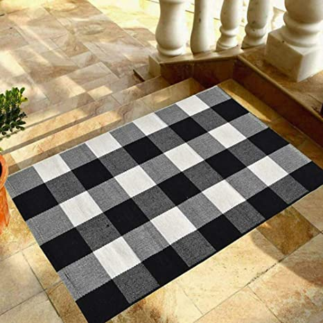 Amazon Com Buffalo Plaid Rug Bztt Black And White Checkered Rug Door Mat 23 6 X35 4 For Kitchen Carpet Bathroom Indoor Outdoor Cotton Hand Woven Rugs Doormat For Front Porch Kitchen Laundry Room Home Kitchen