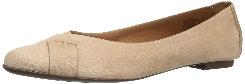 BC Footwear Women's Petite V-Suede Ballet Flat B01DFJTVDO 11 B(M) US|Nude