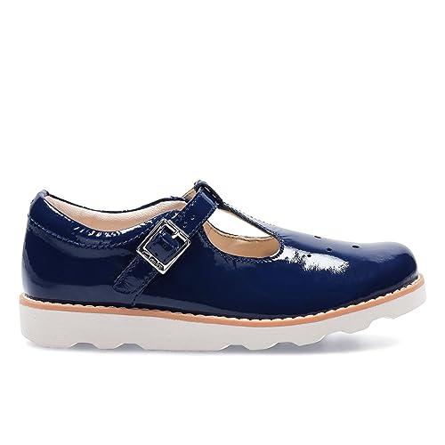 clarks girls slip on shoes